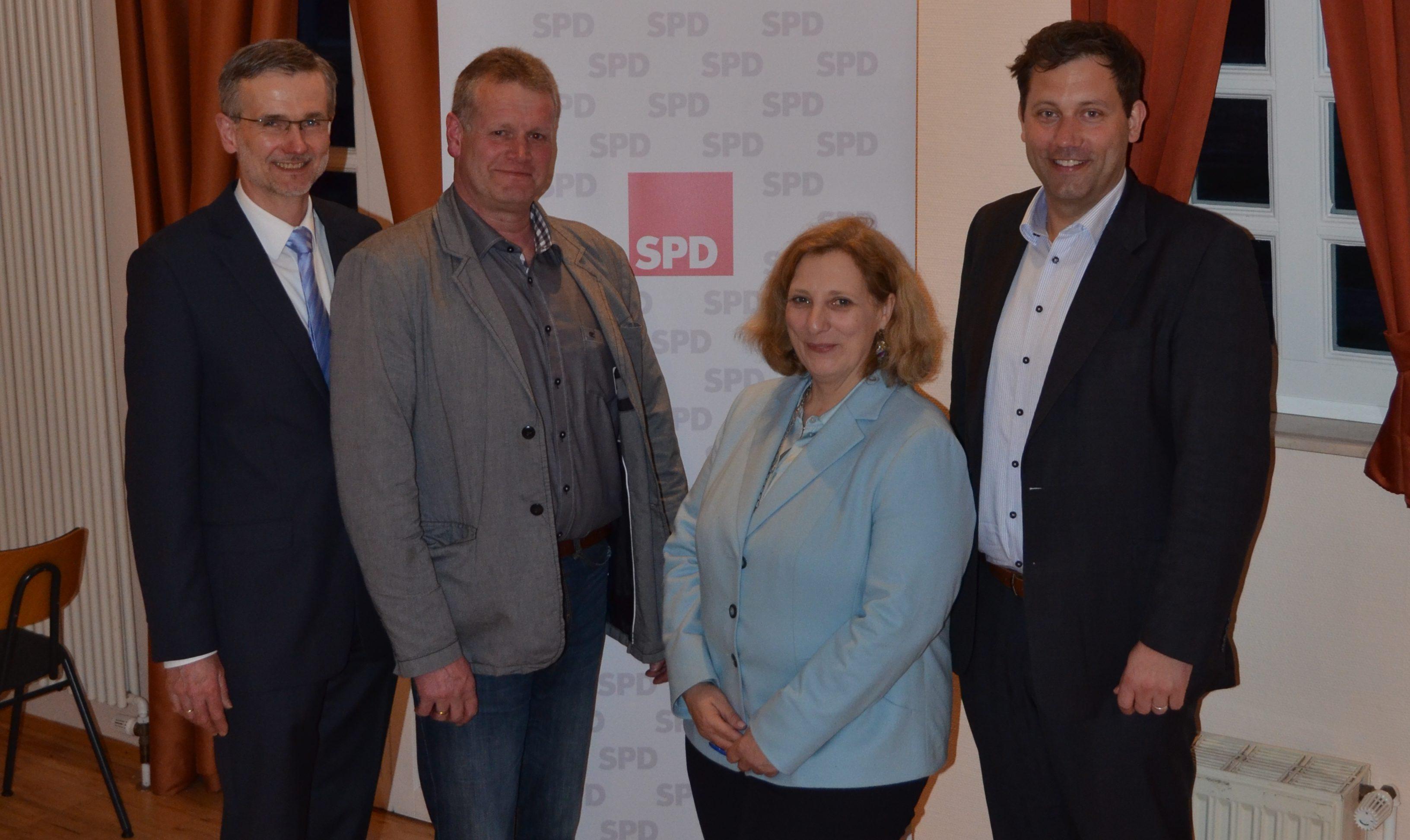 Eckhard Lammers, Horst Töller, Dr. Daniela De Ridder und Lars Klingbeil
