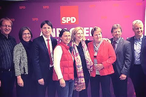 Foto von links: Peter Behrens, Carin Stader-Deters, Andreas Kröger, Andrea Kötter, Dr. Daniela De Ridder, Hanne Modder, Markus Paschke und Matthias Groote | Foto: © SPD