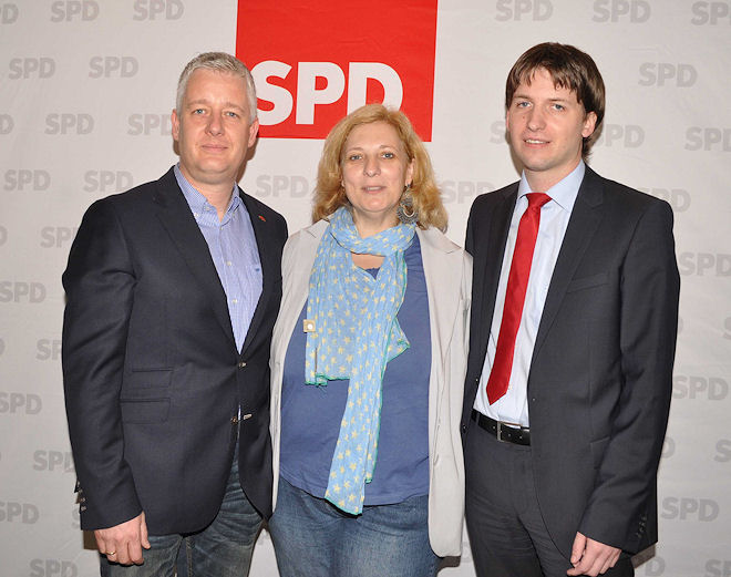 v.lks.: Europaabgeordneter Matthias Groote, Bundestagskandidatin Dr. Daniela De Ridder und Andreas Kröger, Vorsitzender des SPD-Stadtverbandes Lingen (Ems) | Foto: © Lindwehr