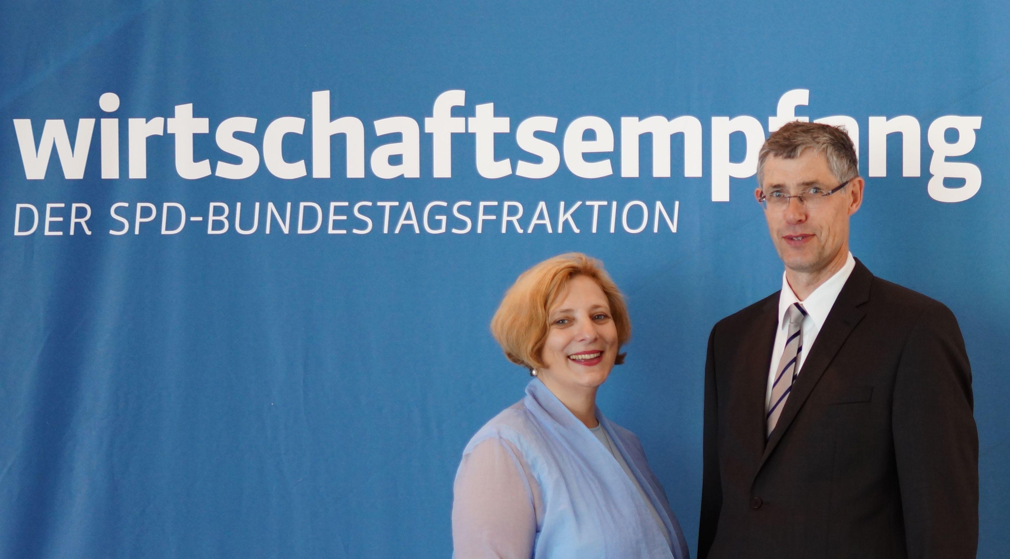 Dr. Daniela De Ridder und Josef Rosche