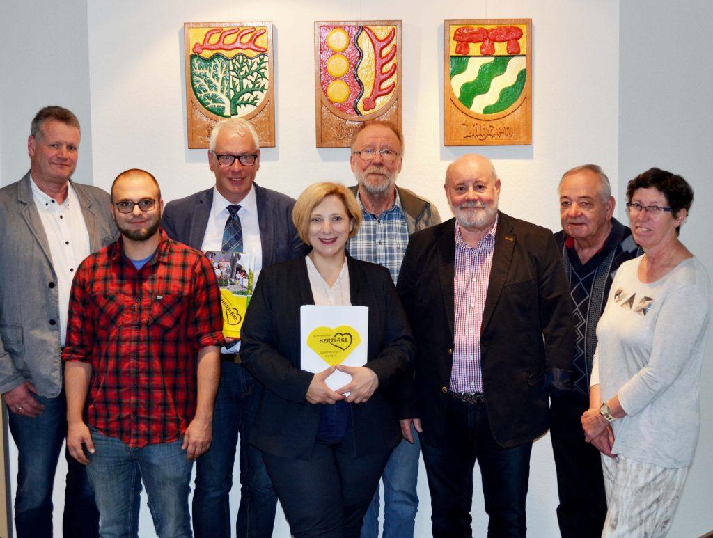 Horst Töller, Paul Feierabend, Ludwig Pleus, Dr. Daniela De Ridder, Dietmar Glaner, Paul Löffler-Eifler, Annegret Börger und Gerd Kempinski (v.l.n.r.)