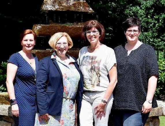 Anke Plümers, Dr. Daniela De Ridder, Petra Alferink und Michaela Bült