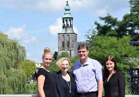 Vanessa Bossink, Dr. Daniela De Ridder, Matthias Bönemann und Marina Kramer