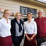 Angie Gründer, Dr. Daniela De Ridder, Rebecca ten Bosch und Dennis Senf (v.l.n.r.)