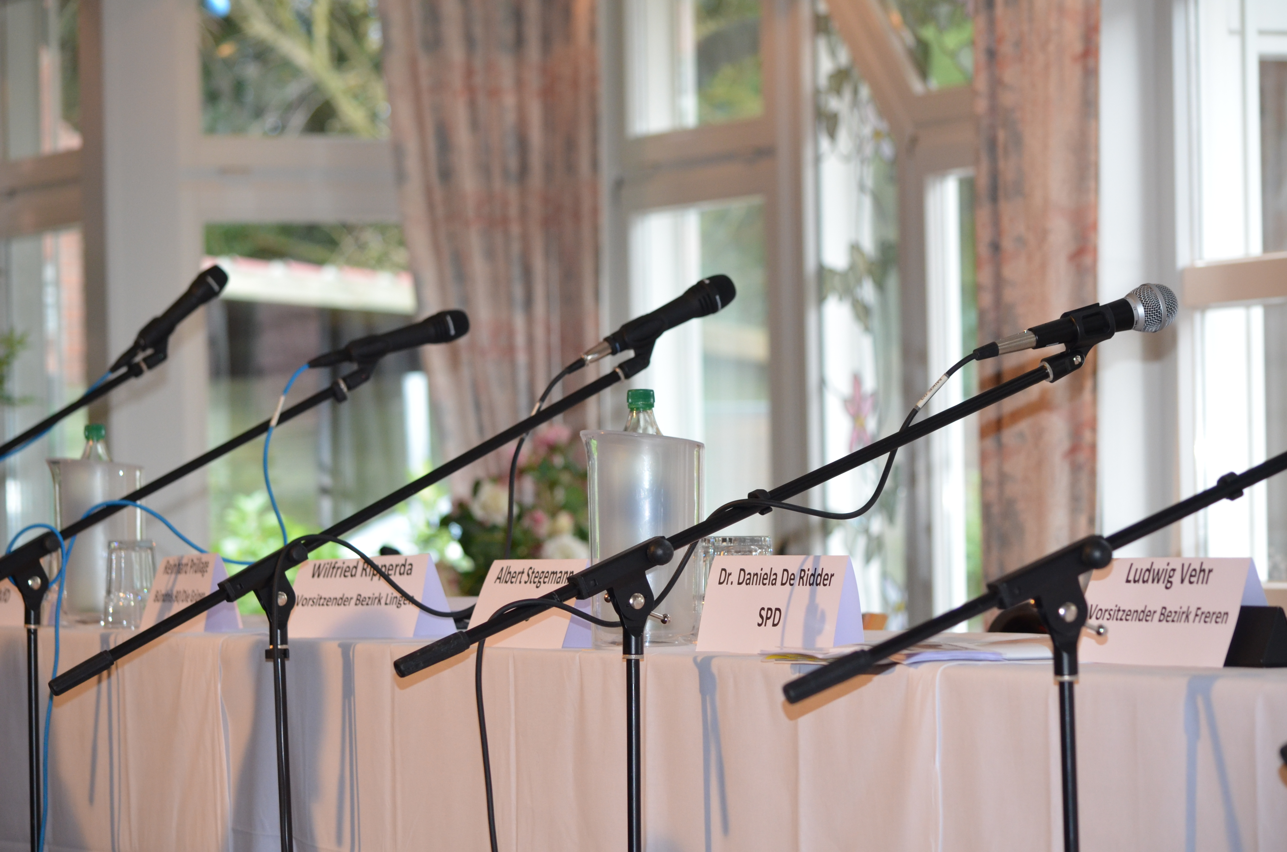 Dr. Daniela De Ridder auf dem Podium des Kolpingwerkes