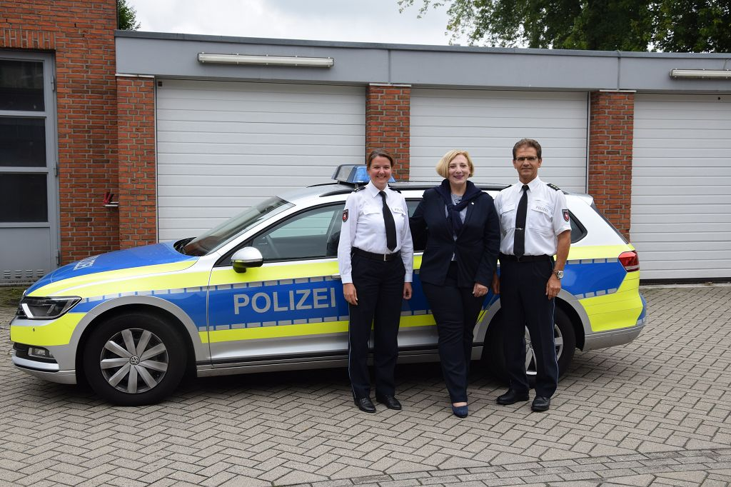 Dr. Hannah Timmer, Dr. Daniela De Ridder und Heinz Defayay