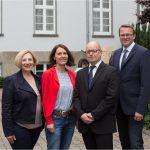 Dr. Daniela De Ridder, Andrea Kötter, Dr. Thomas Mályusz (WTD 91, Direktor i.V.), Dieter Grönniger (WTD 91) (Foto: Wehtechnische Dienststelle Meppen)