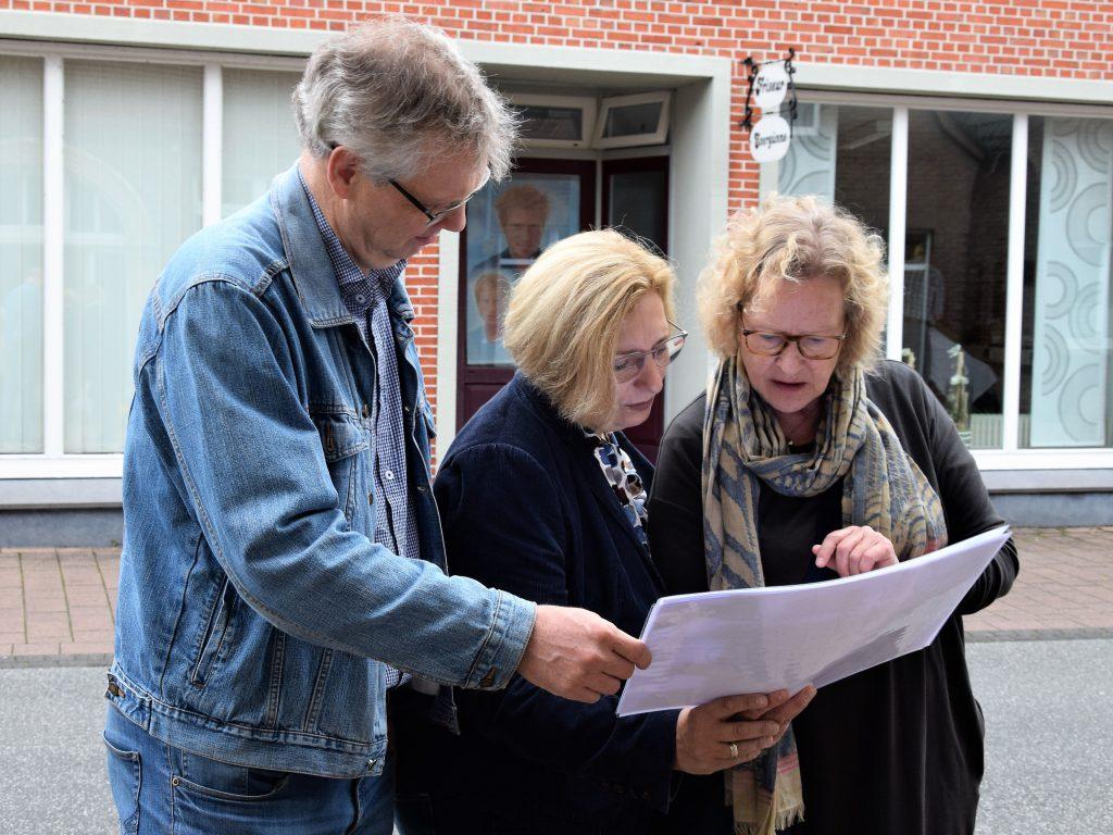 Norbert Voshaar, Dr. Daniela De Ridder und Christa Pfeifer I