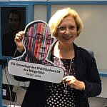 """Dr. Daniela De Ridder zur Wanderausstellung """"Frieden machen"""""""