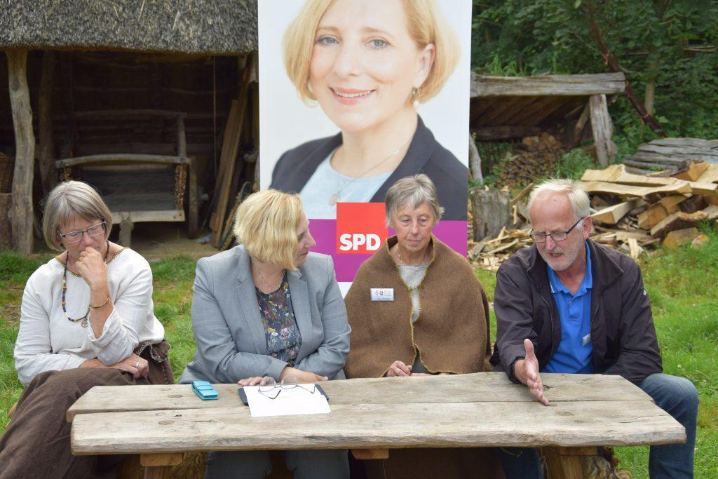 Ulla Wigger, Dr. Daniela De Ridder, Ria Ploeg und Geert Vrielmann