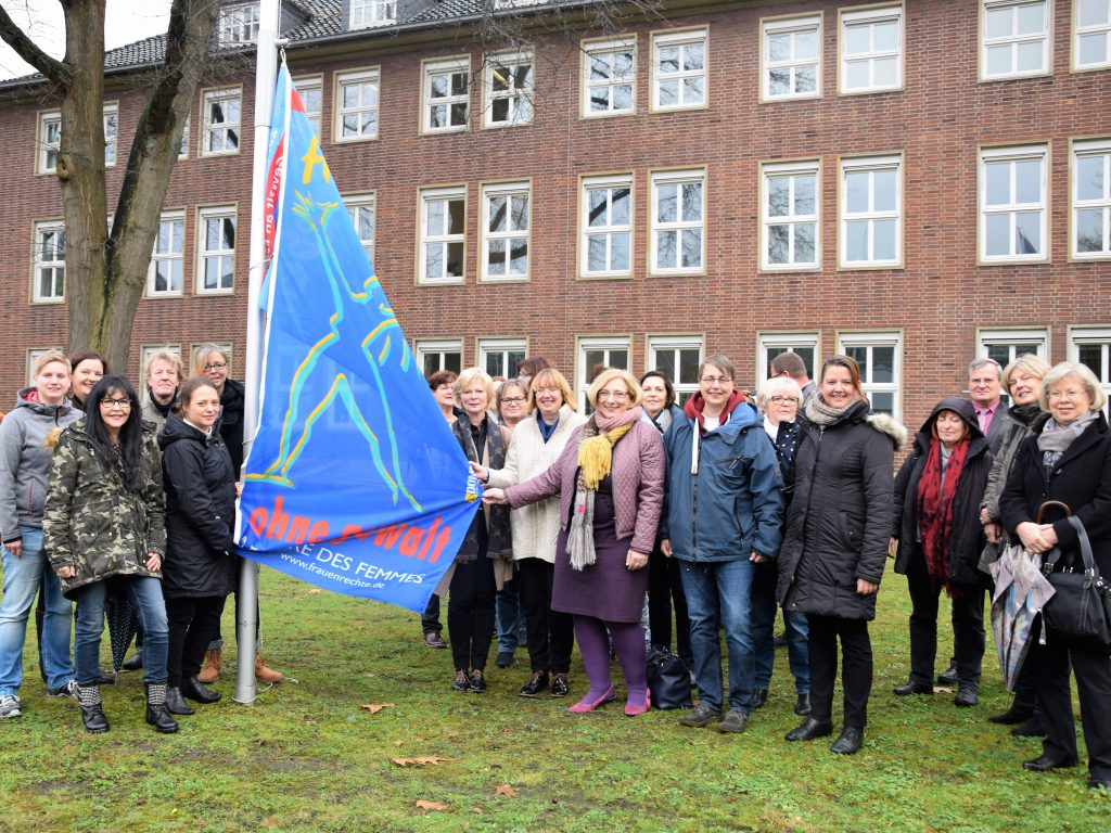 Dr. Daniela De Ridder zum Tag gegen Gewalt an Frauen in Nordhorn