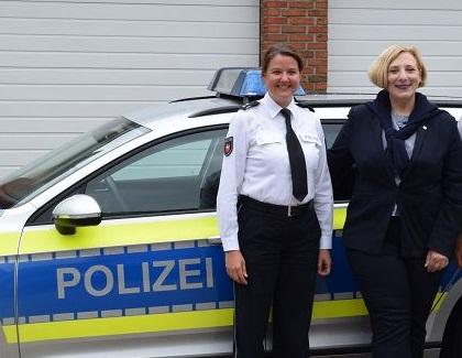 Dr. Hannah Timmer und Dr. Daniela De Ridder