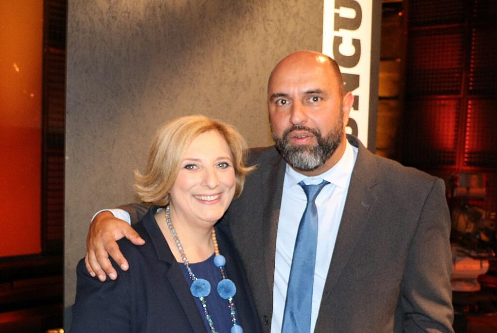 Dr. Daniela De Ridder und Serdar Somuncu