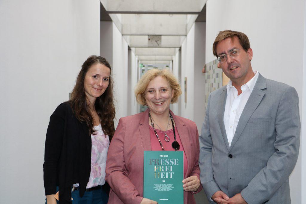 Franziska Görner, Dr. Daniela De Ridder und Christian Mihr