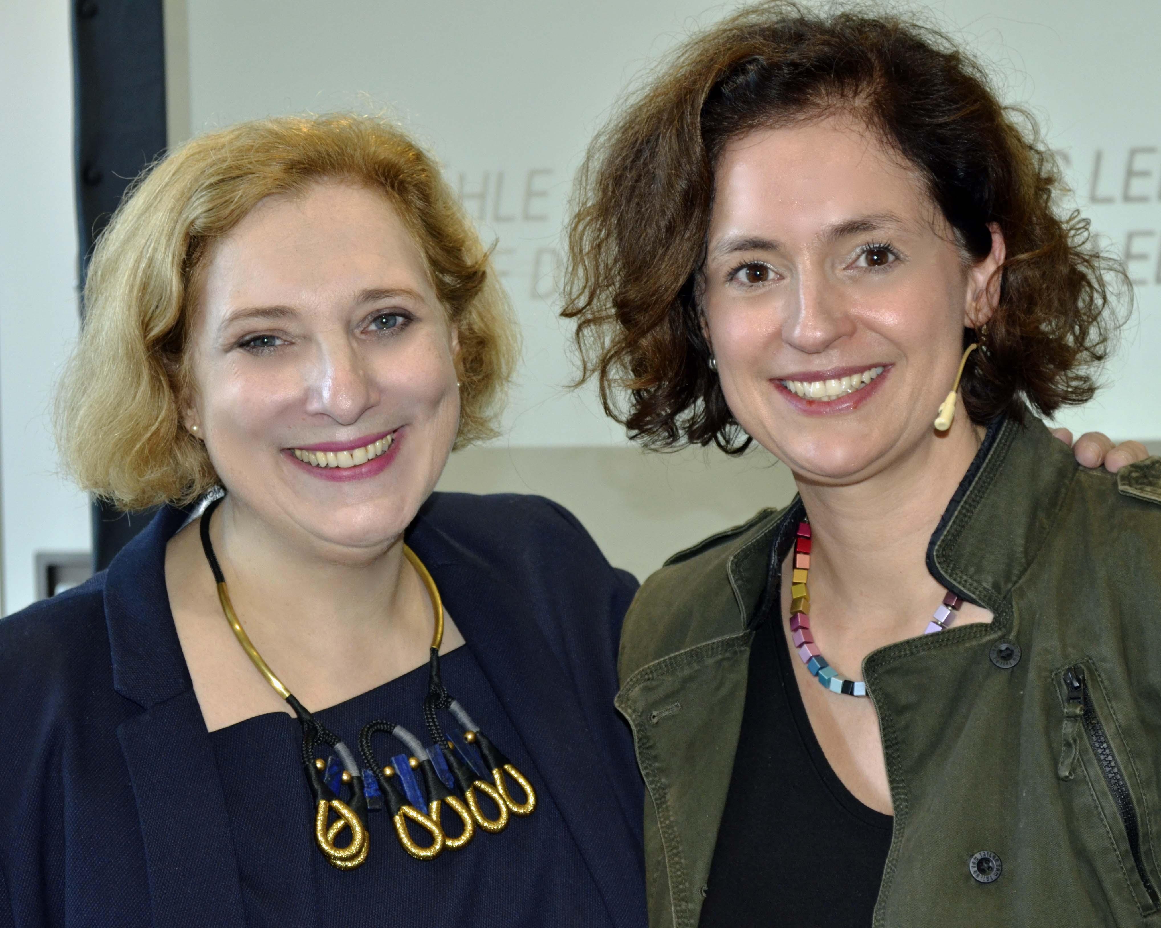 Dr. Daniela De Ridder und Gwendolyn Stoye