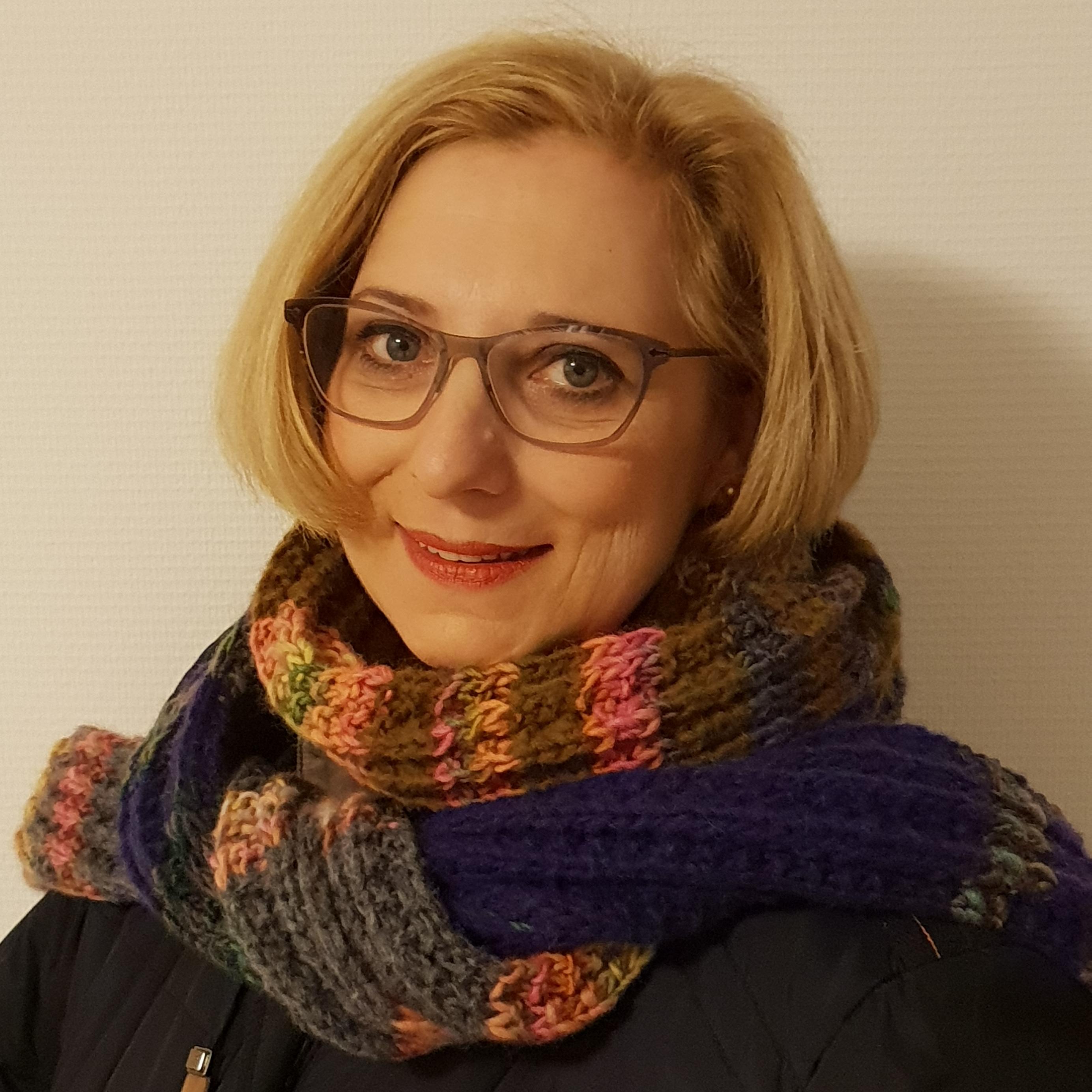 """Dr. Daniela De Ridder präsentiert Ihren """"Schal fürs Leben"""""""