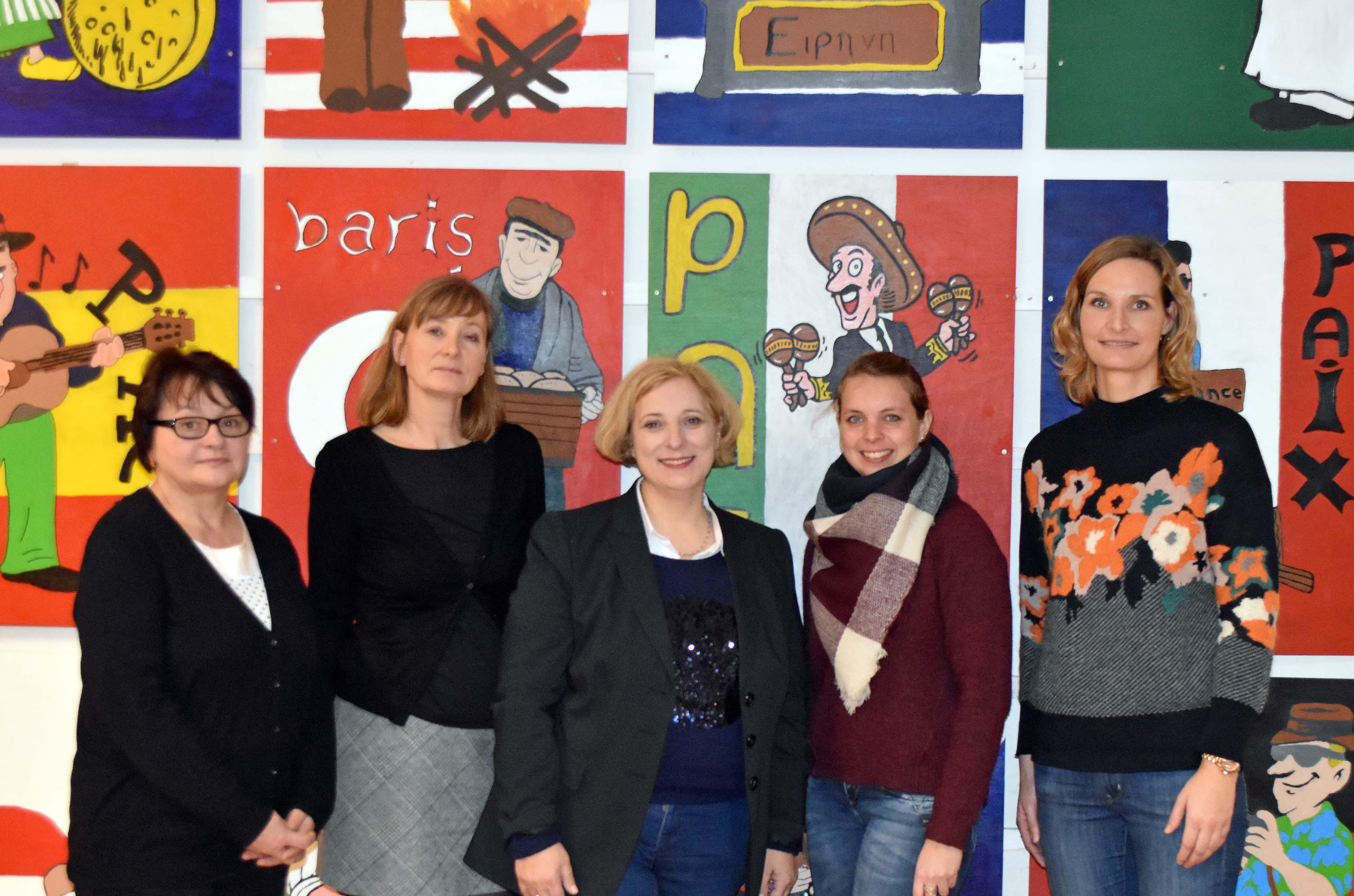 Dr. Daniela De Ridder zu Besuch in der Friedensschule Lingen