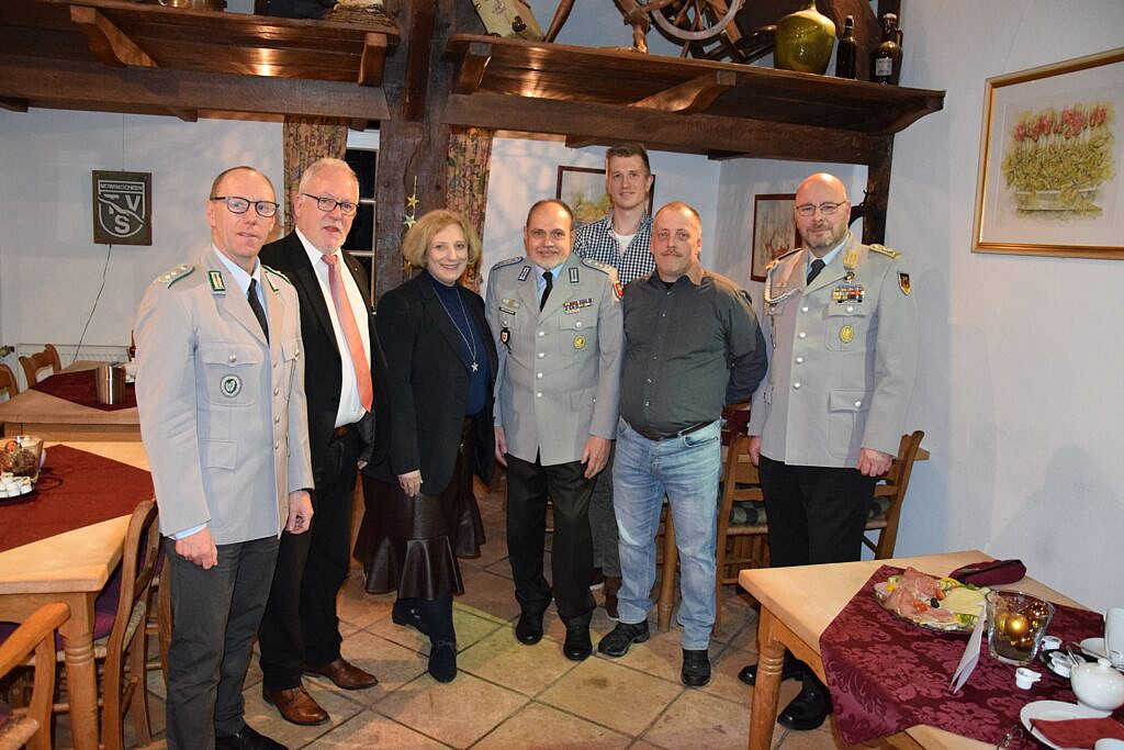 V.l.n.r.: Michael Grundke, Wolfgang Hellmich, Dr. Daniela De Ridder, Horst Grosskinsky, Philipp Rohling,  Guido Wilms, Thomas Landwehr