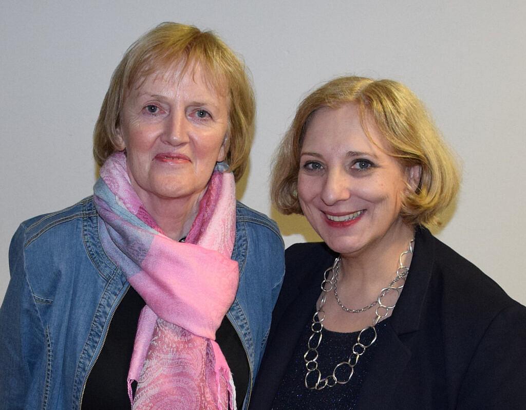 Ursula Schulte und Dr. Daniela De Ridder