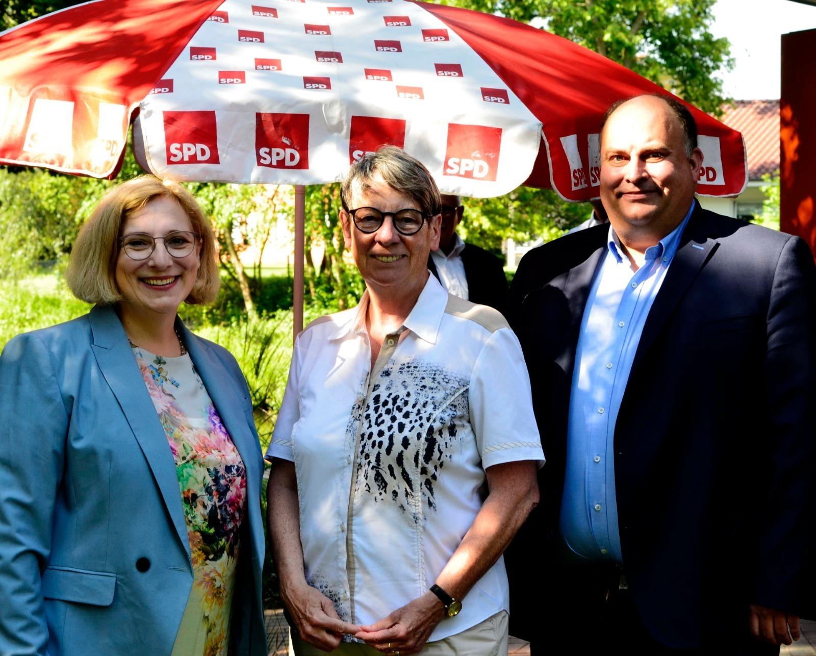 Dr. Daniela De Ridder, Dr. Barbara Hendricks und Christian Otten