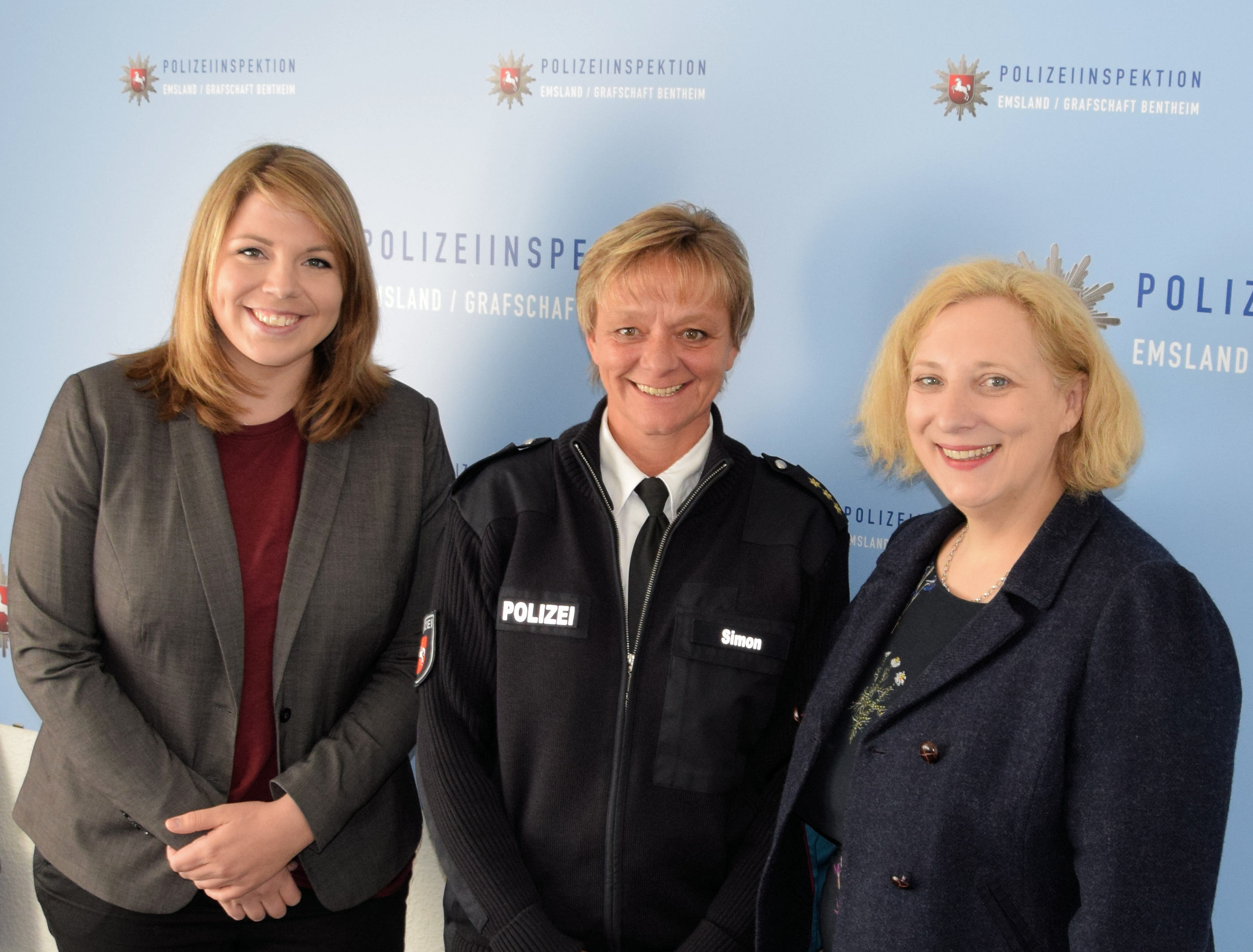 V.l.n.r.: Vanessa Gattung, Nicola Simon, Dr. Daniela De Ridder