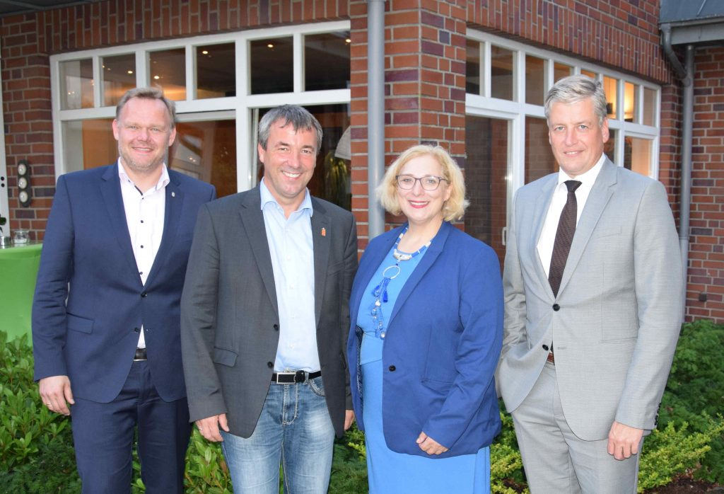 V.l.n.r.: Jan Cordesmeyer, Johann Saathoff, Dr. Daniela De Ridder, Nikolaus Valerius