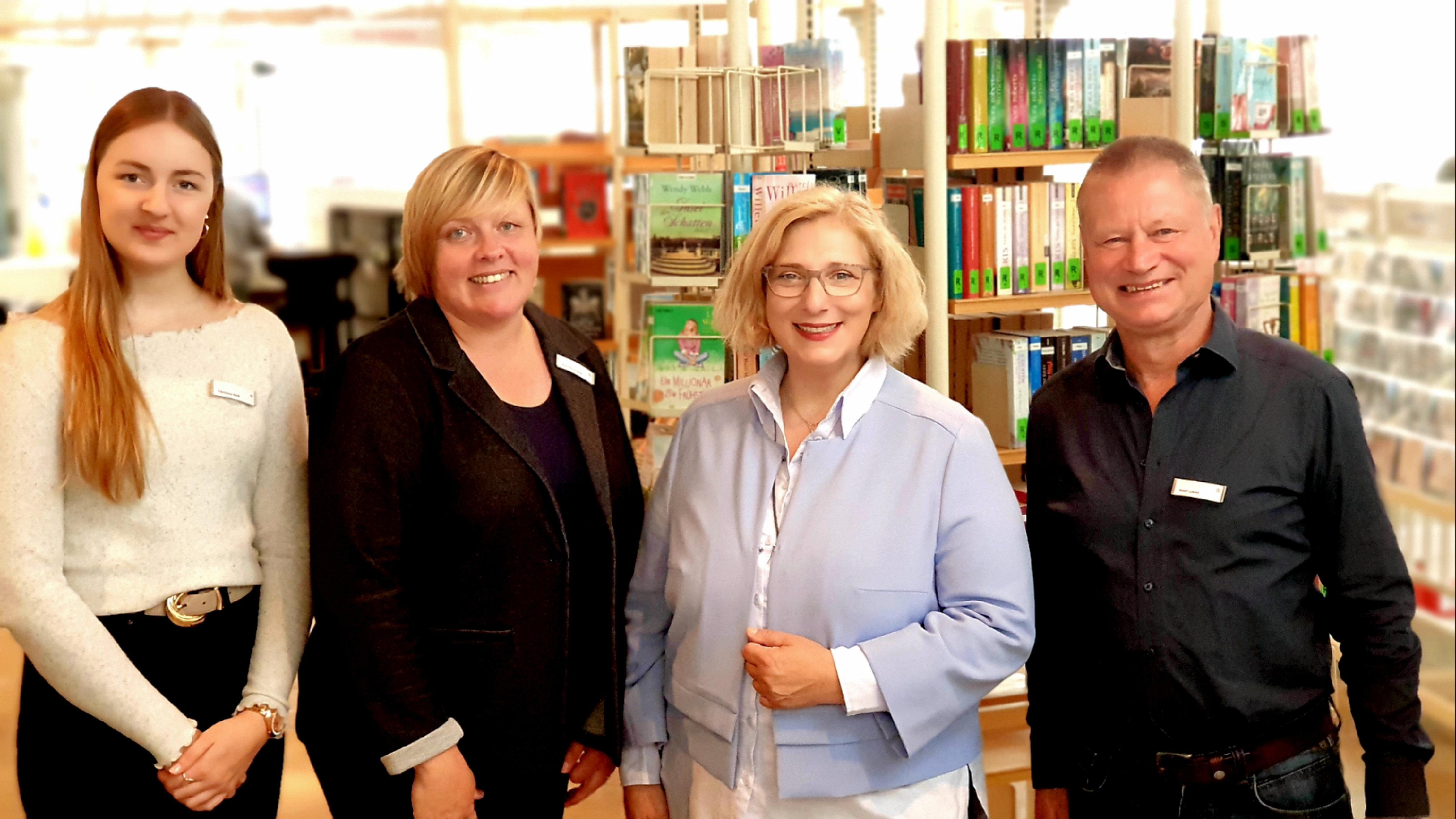 V.l.n.r.: Christina Berk, Simone Knocke, Dr. Daniela De Ridder, Josef Lüken
