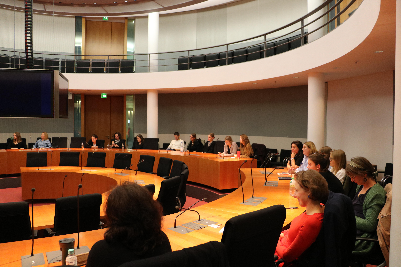 """Gäste des Parlamentskreises """"Frauen in der AUßenpolitik II"""