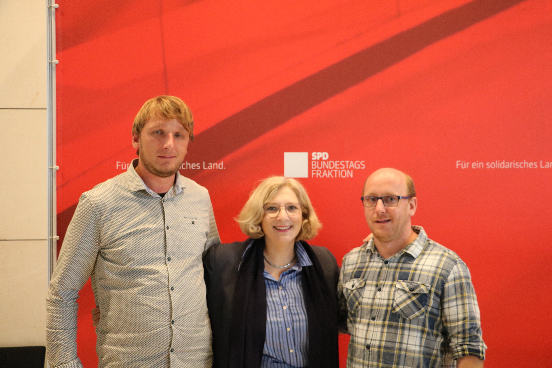Heiner Schnelte, Dr. Daniela De Ridder und Lothar Achenbach im Deutschen Bundestag