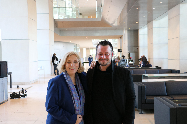 Dr. Daniela De Ridder und Jo Frank