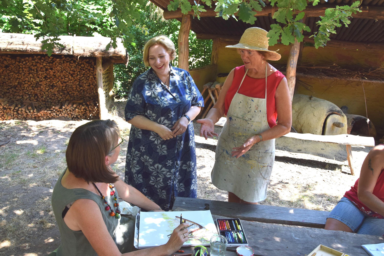 Dr. Daniela De Ridder zu Gast beim Malkreis in Uelsen