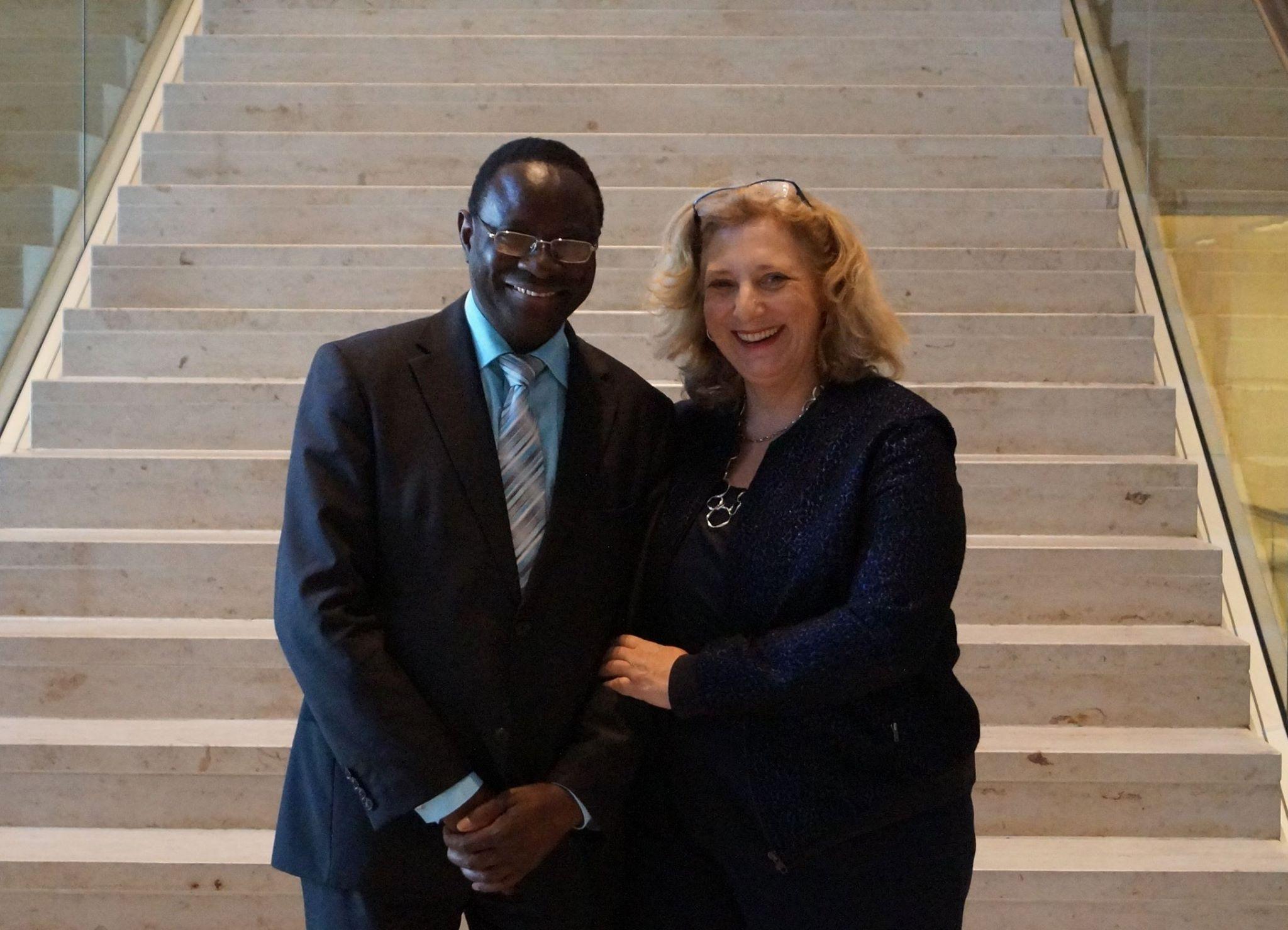 Dr. Karamba Diaby und Dr. Daniela De Ridder 2015 im Bundestag
