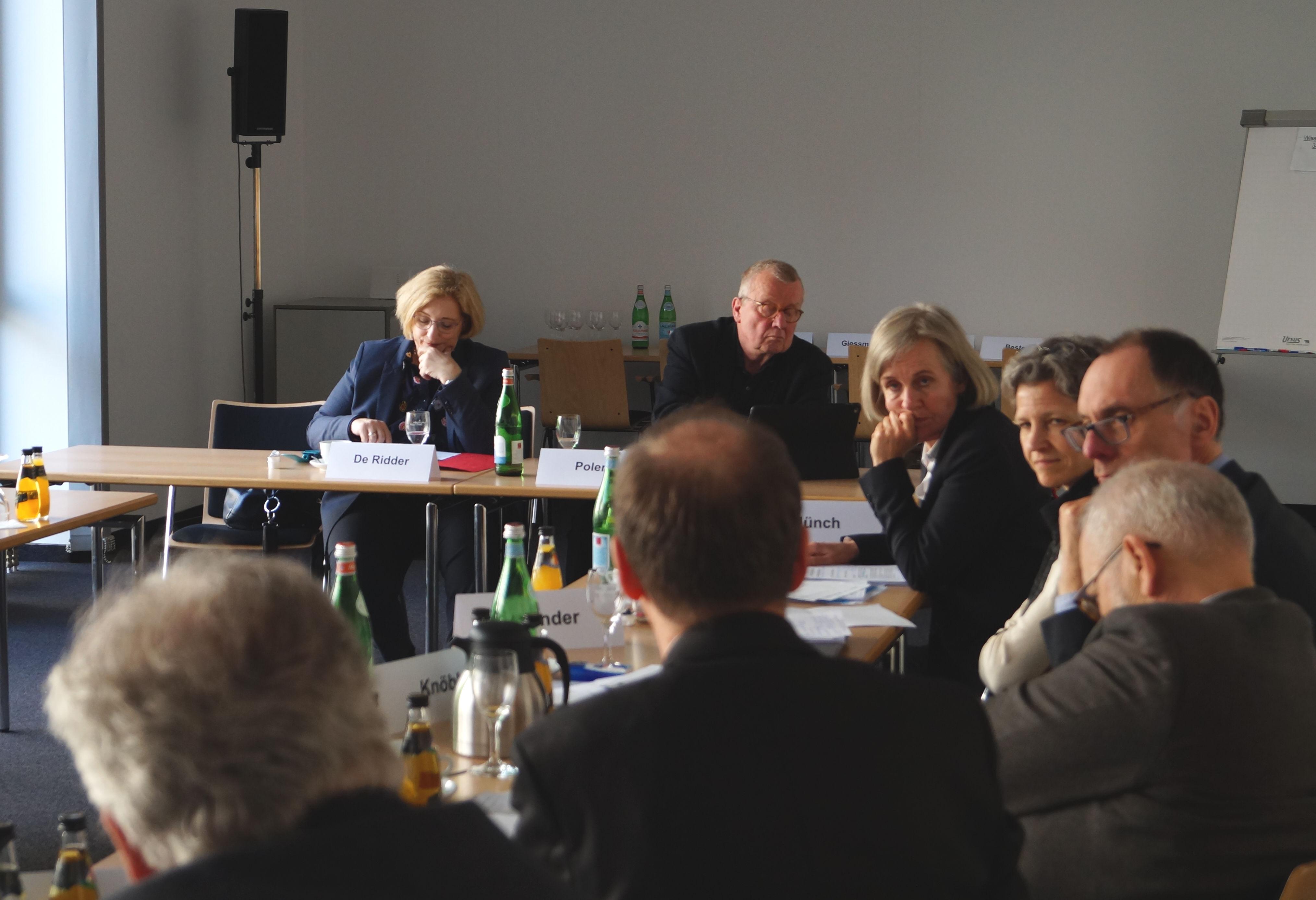 Dr. Daniela De Ridder zu Gast beim Forum des Wissenschats 2.1