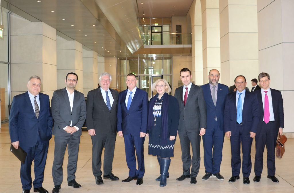 Dr. Daniela De Ridder trifft Präsidenten der Knesset Yuli Yoel Edelstein im Bundestag