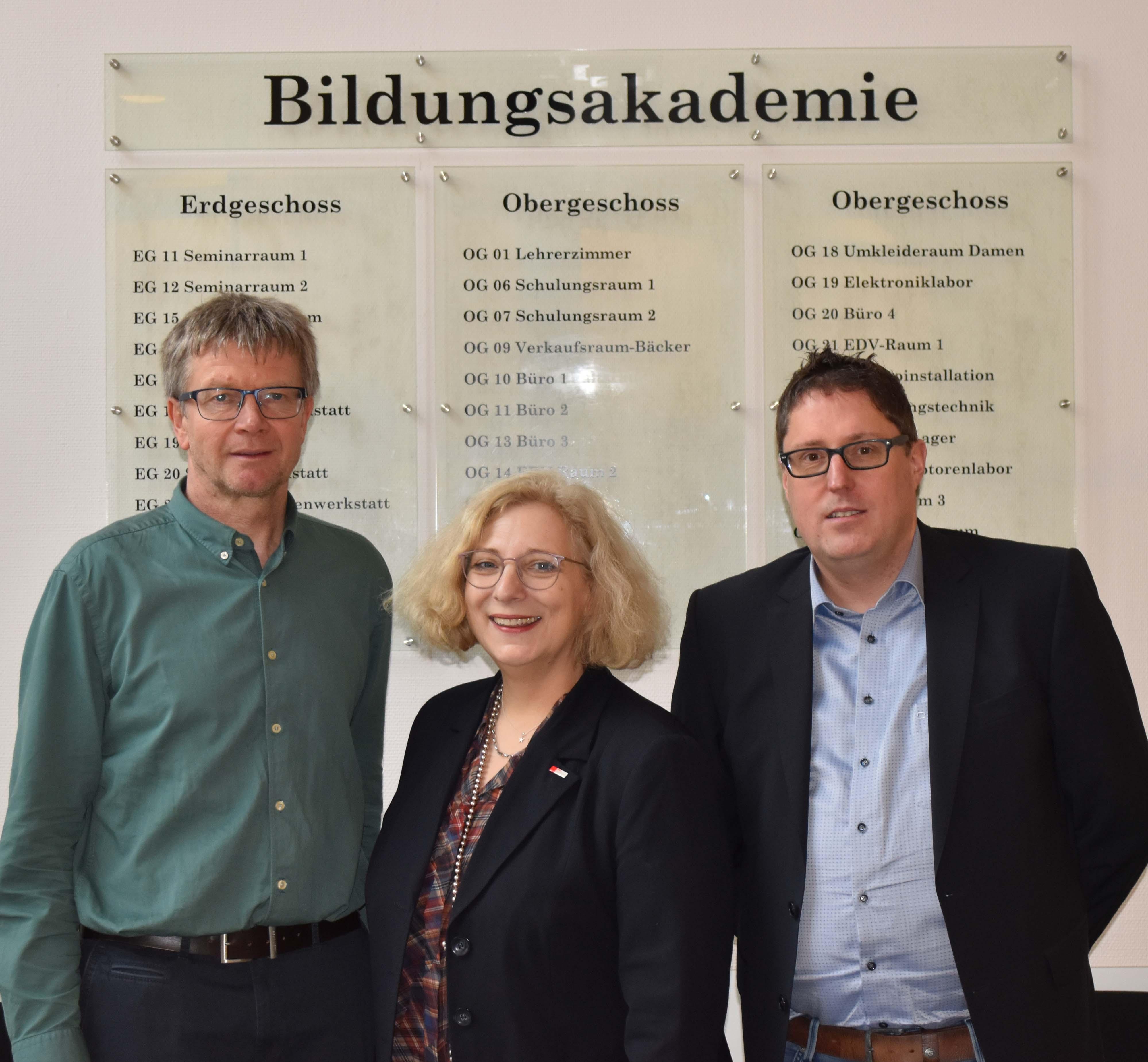 V.l.n.r.: Georg Kall, Dr. Daniela De Ridder, Matthias Ricken